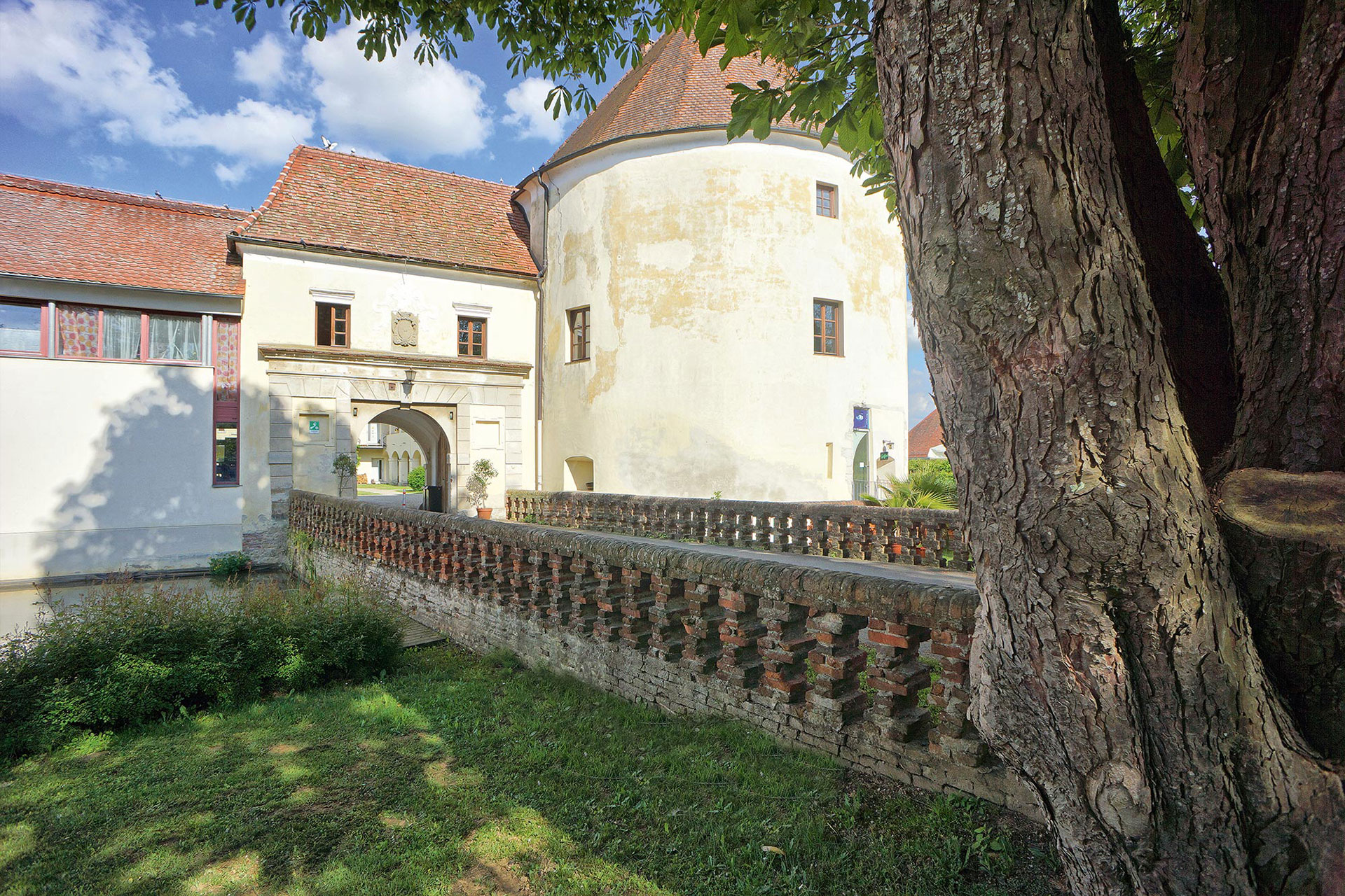 schloss-burgau_1